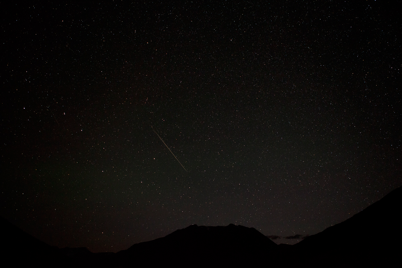 Big Dipper (left of the meteor)